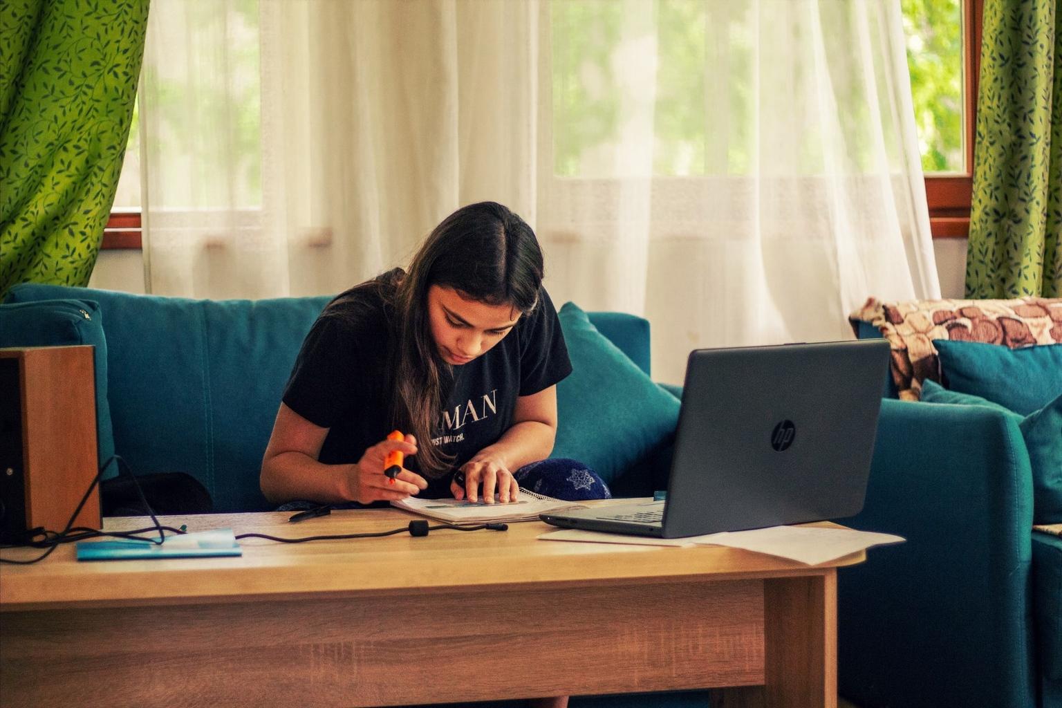 Найти свое предназначение: в Хабе началась профориентационная программа